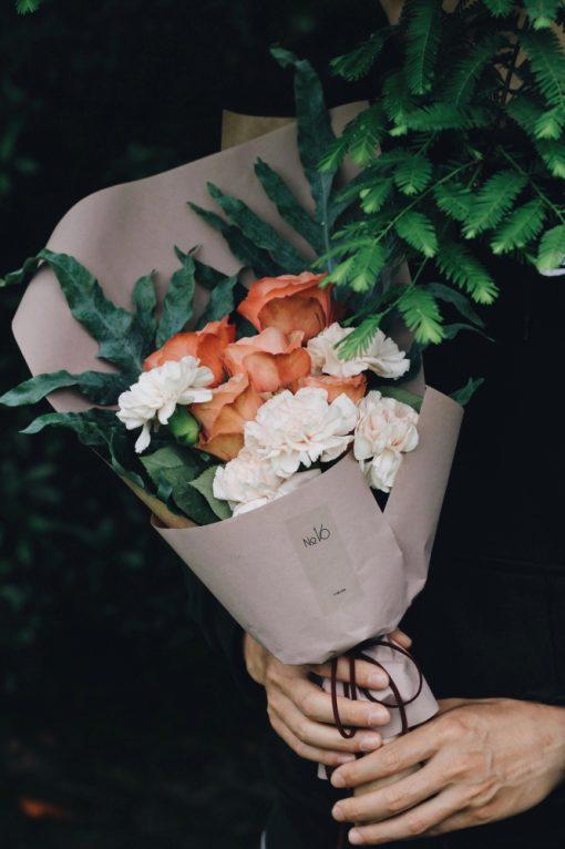 small-bouquet-thorn-floral-studio-pop-shop-america