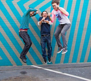 Jump! Yamin Cepedes, Guerra Studios, Awre at Mini Pops | Mural at Pavement Clothing Montrose | Mural by Skeez181 | Mini Pops is a Monthly Art Market