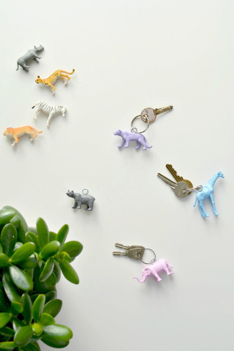 diy painted animal toy keychains - craft tutorial