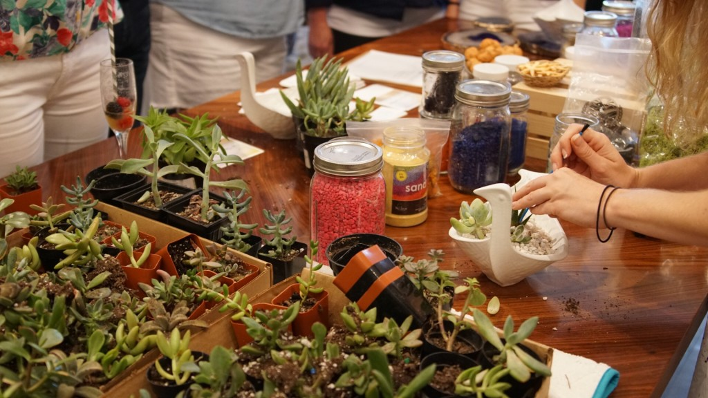making terrariums at the jonathan adler store west ave pop shop americajpg