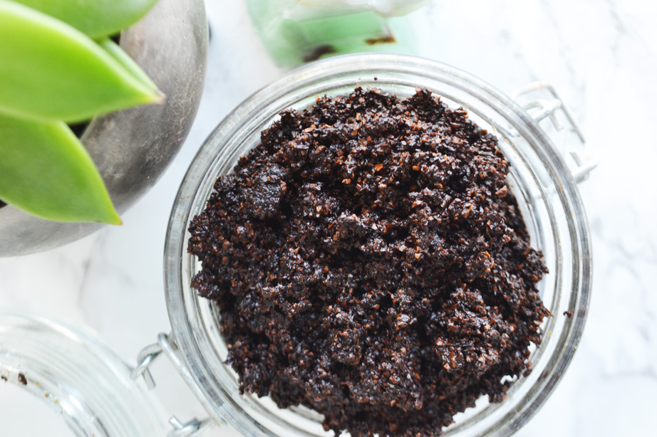 Smoothing Coffee Scrub DIY by Pop Shop America