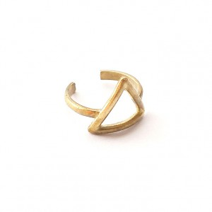 side-view-brass-triangle-ring-brass-jewelry