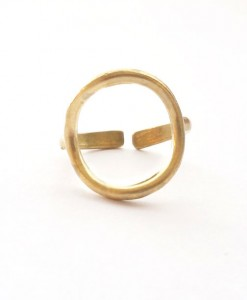 brass-circle-ring-front-close-up-boho-jewelry
