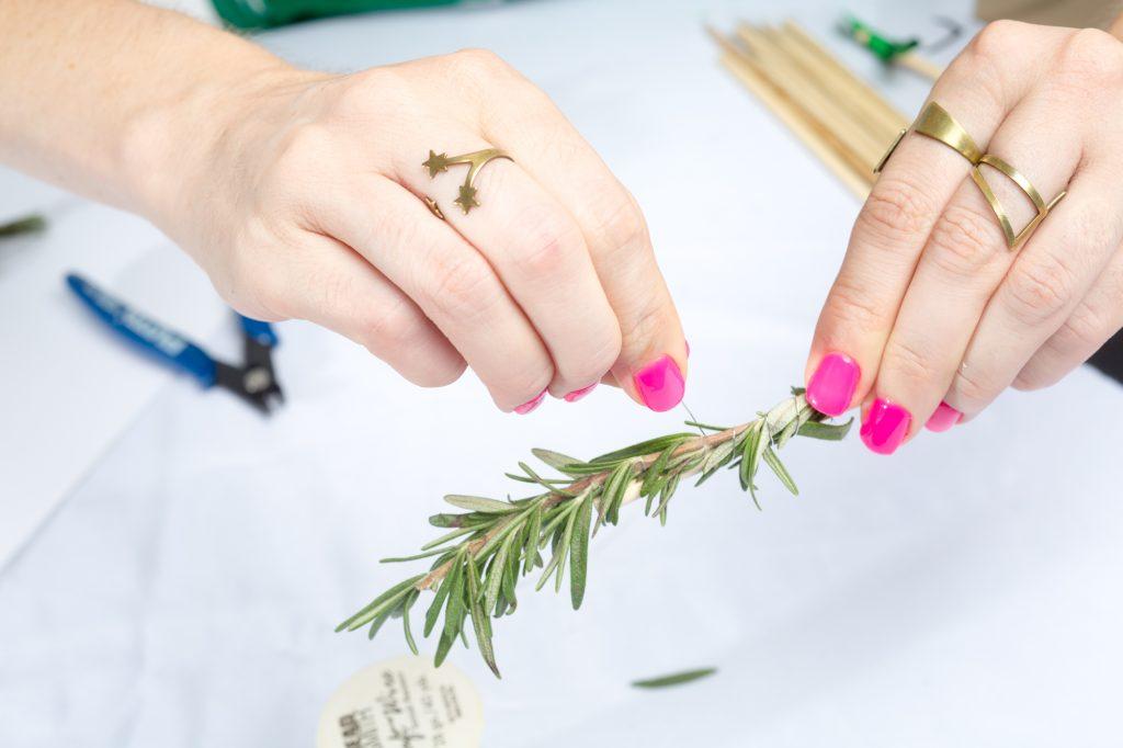 wrap-the-wire-herb-drink-stirrers-wedding-supplies