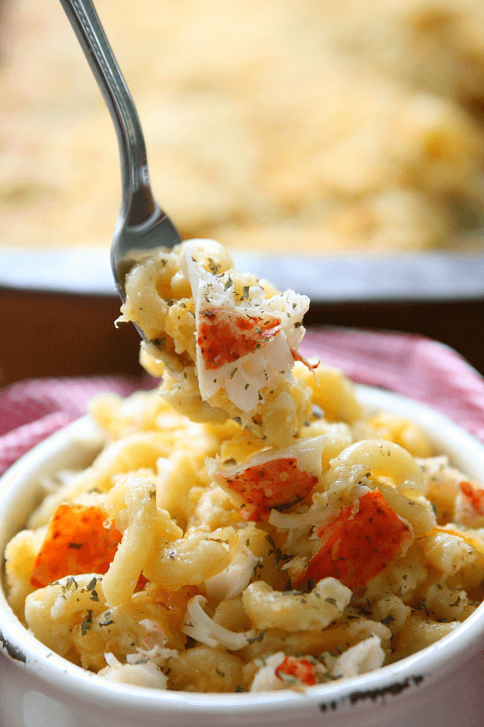 lobster-mac-and-cheese-bowl