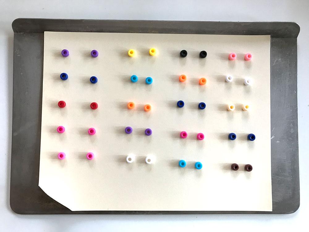 pony-beads-make-diy-rainbow-earrings