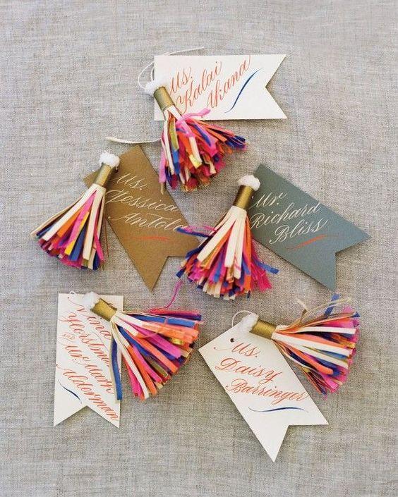 diy-paper-tassels-diy-gift-tags