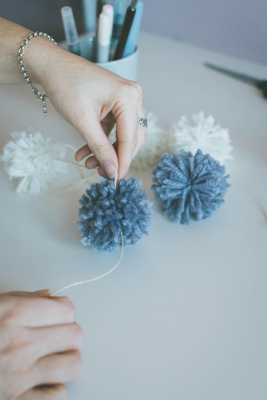 DIY Pompom Garland How To Assemble
