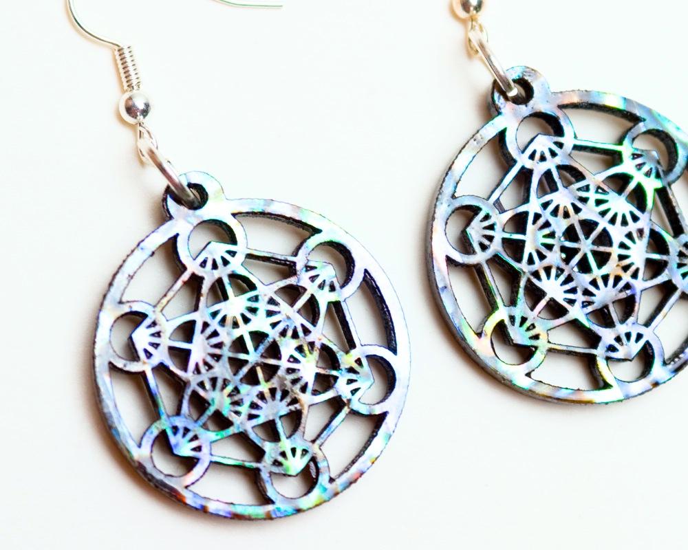 Metatron 39 s cube earrings abalone laser cut ebony for Metatron s cube jewelry