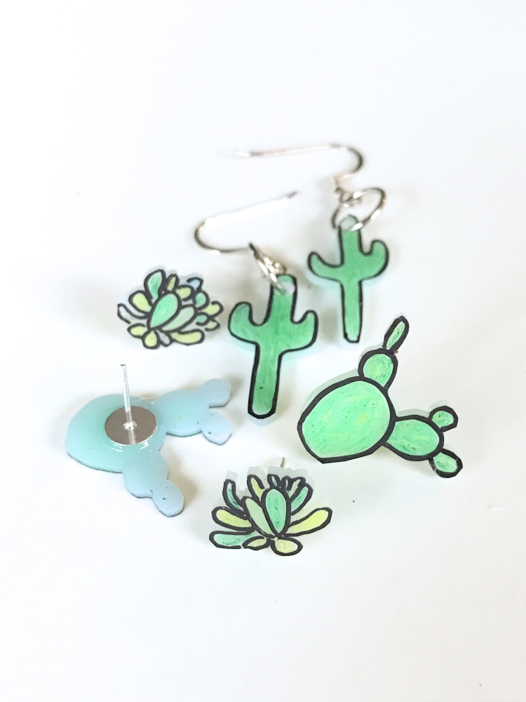 diy cactus earrings final shot succulent earrings