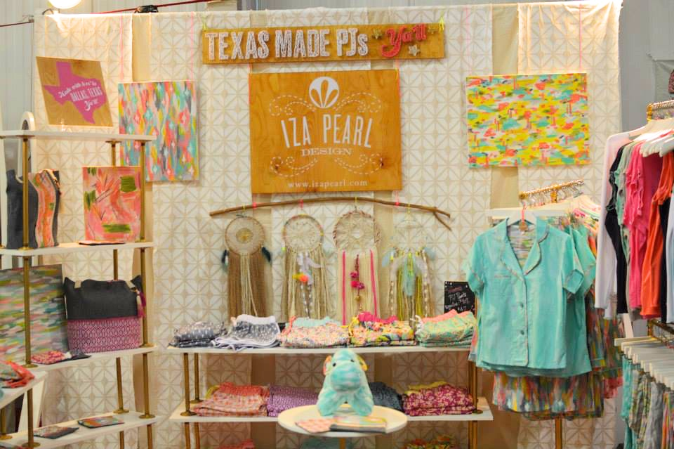 iza pearl cute booth display pop shop america_touched up