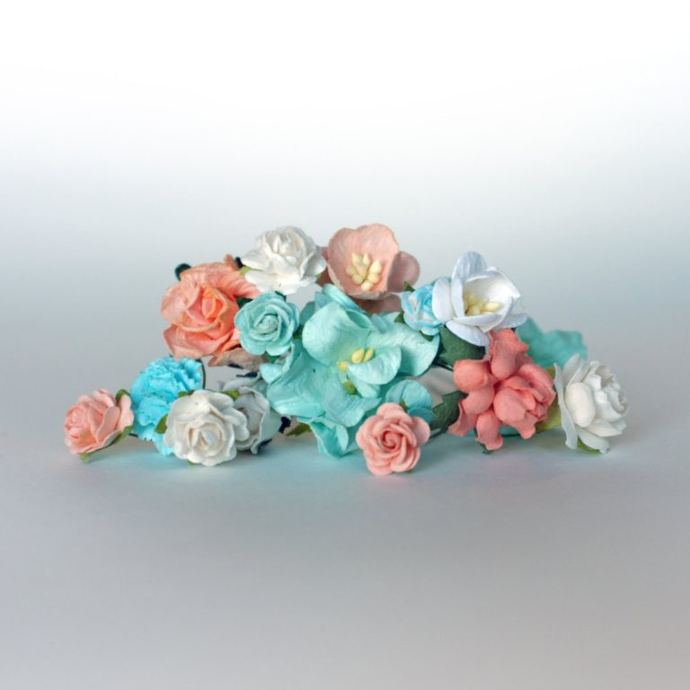 flower crown kit with peach flowers and mint flowers