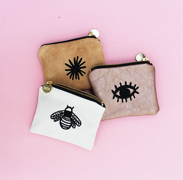 embroidered-eye-leather-coin-purse