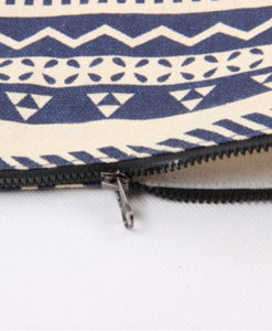 side-view-of-tribal-patterned-black-and-white-clutch