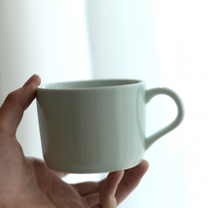 side view of ceramic mug mint color