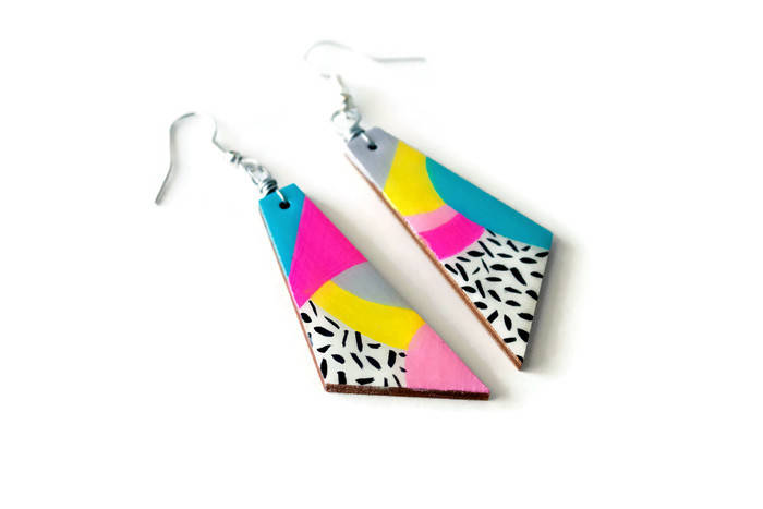 the max - 80s inspired geometric dangle earrings