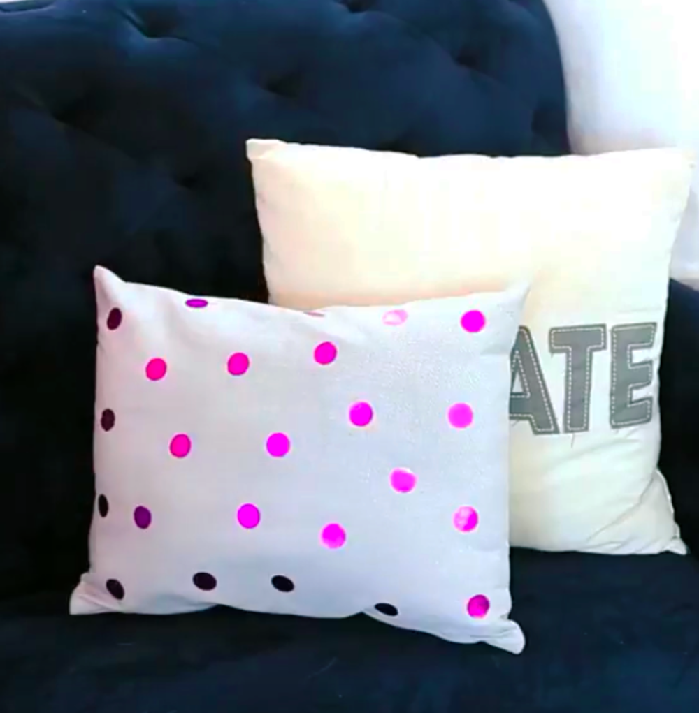 foil polka dot pillow diy blitsy