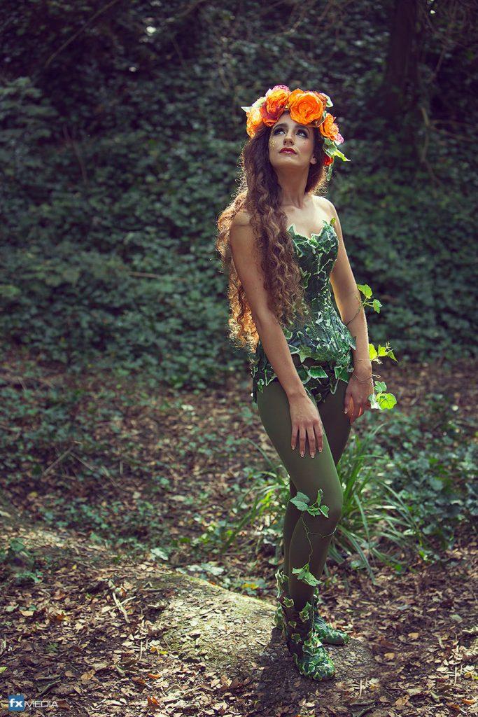 handmade poison ivy corset cosplay