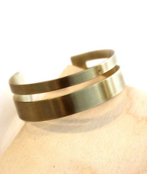 xena small brass bracelet - handmade jewelry_web
