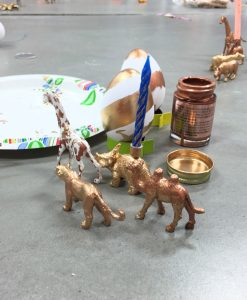 how to diy gild animal place card holders pop shop america