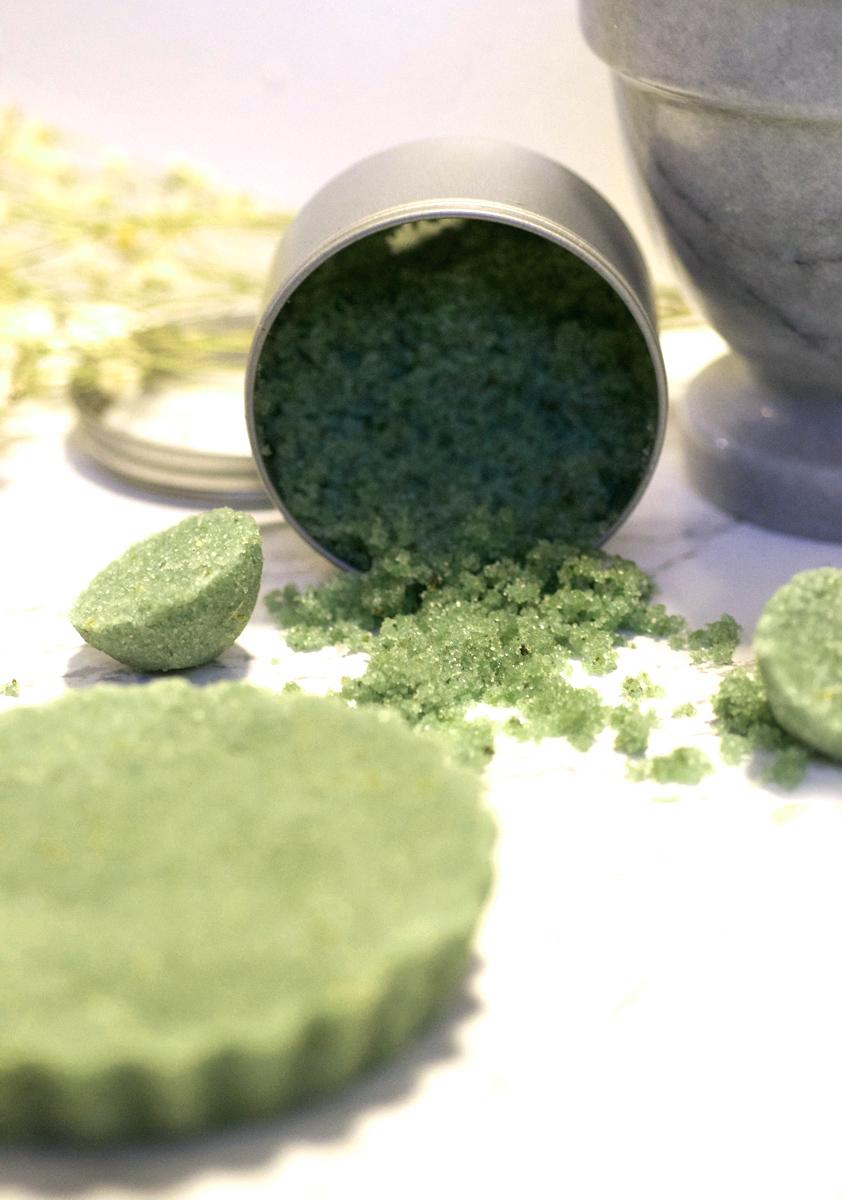 DIY Exfoliating Sugar Scrub