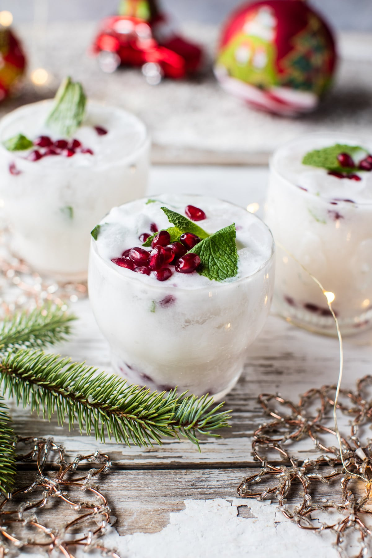 White-Christmas-Mojito-1 cocktail recipe