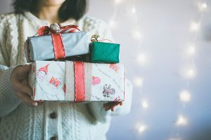 3 Last Minute DIY Gift Wrapping Ideas