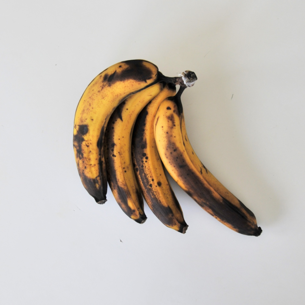 black-bananas-for-easy-banana-bread-recipe