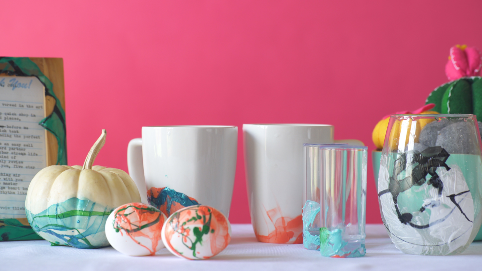 Marbled Coffee Mugs With Nail Polish Diy