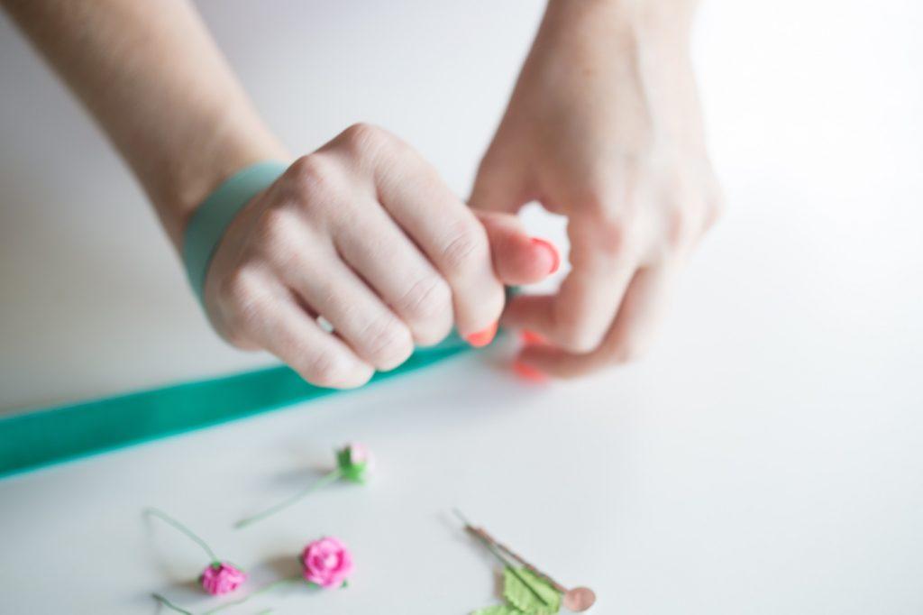 measure-ribbon-diy-flower-corsage-pop-shop-america