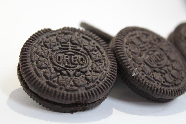 oreo-cookies-cookies-cream-frozen-yogurt-recipe