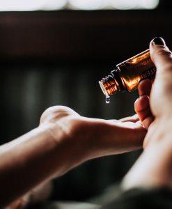 homepage-web-diy-essential-oils-art-class-houston_web