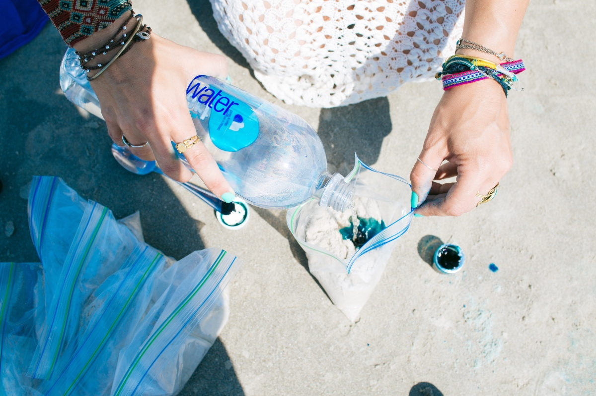 How to Make DIY Colored Sand
