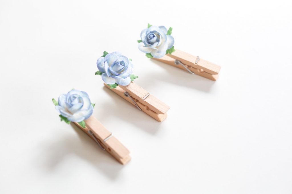 finished flower clothespins twist on simple design