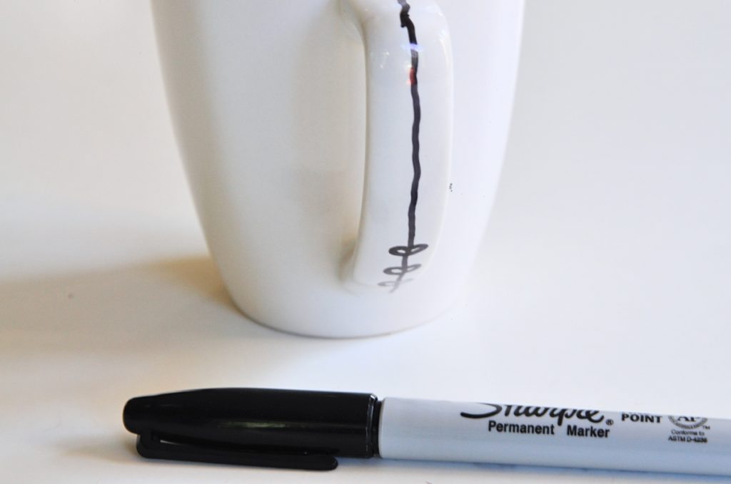 free hand diy coffee mug tutorial with sharpies