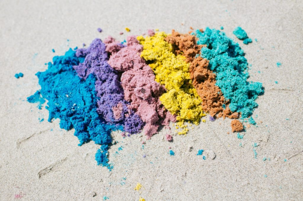 rainbow-colored-sand-diy-pop-shop-america