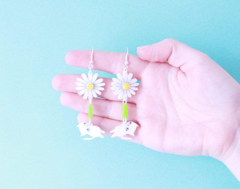 I Love Crafty Daisy Kitten Earrings