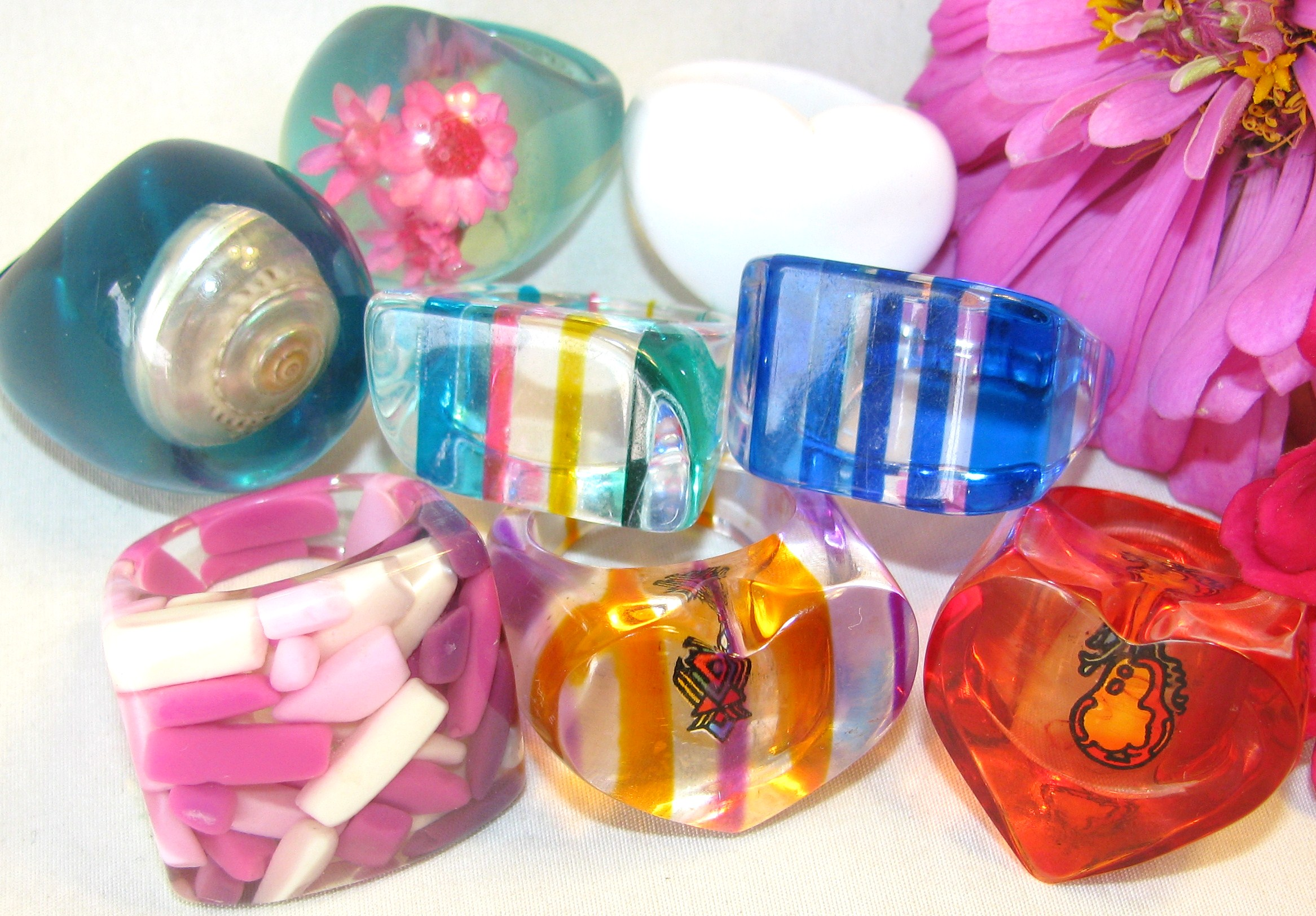 lucite rings 1960s plastic fashion pop shop america