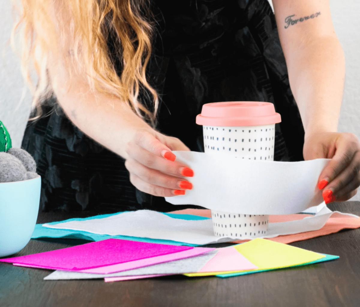 wrap the felt around the coffee mug pop shop america