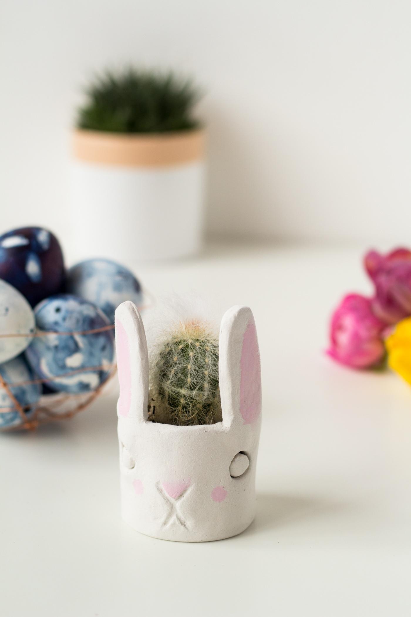 DIY-Mini-Cacti-Bunny-Planter-@fallfordiy-231