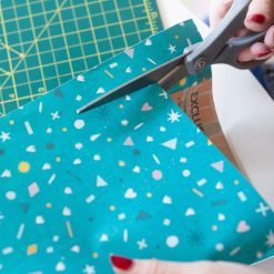 cut-the-paper-to-make-a-diy-calendar-craft-tutorial_square