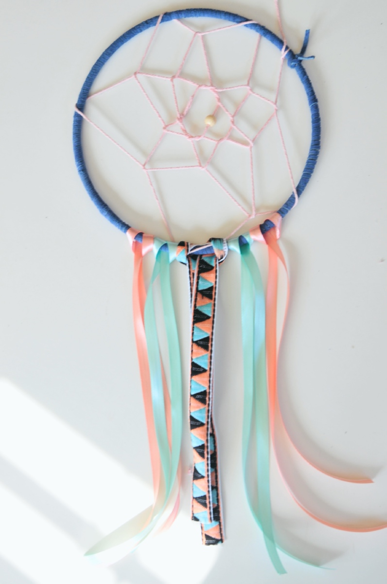 finished dreamcatcher diy tutorial flatlay pop shop america