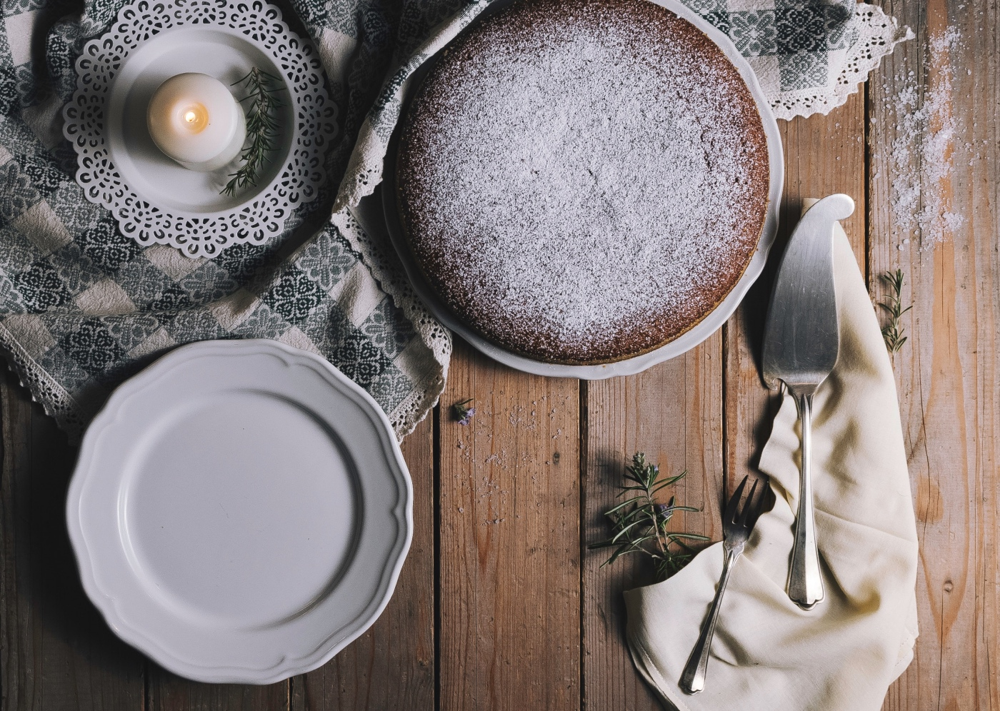 flatlay finished gingerbread cake dusted with powdered sugar recipe pop shop america