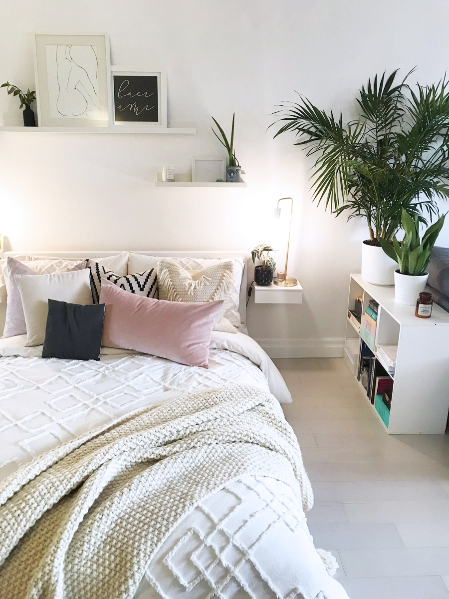 Crochet Tassel Pillow DIY