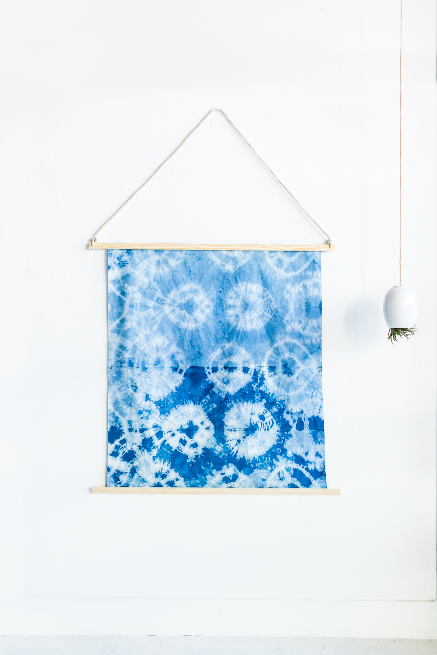 Shibori-Wall-Art-Mount-fall-for-diy-blog