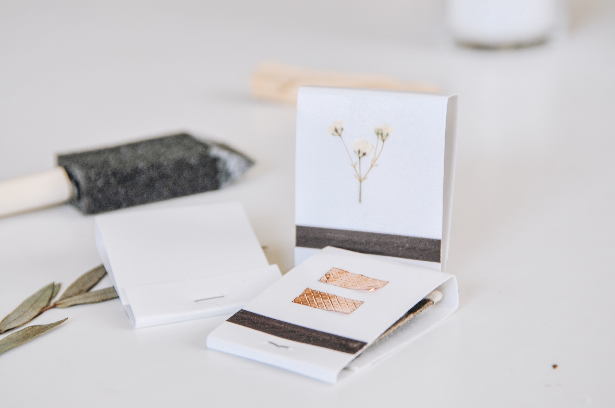 finished diy matchbooks with pressed flowers