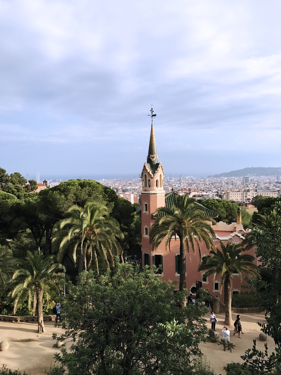 Gaudi Guide to Barcelona