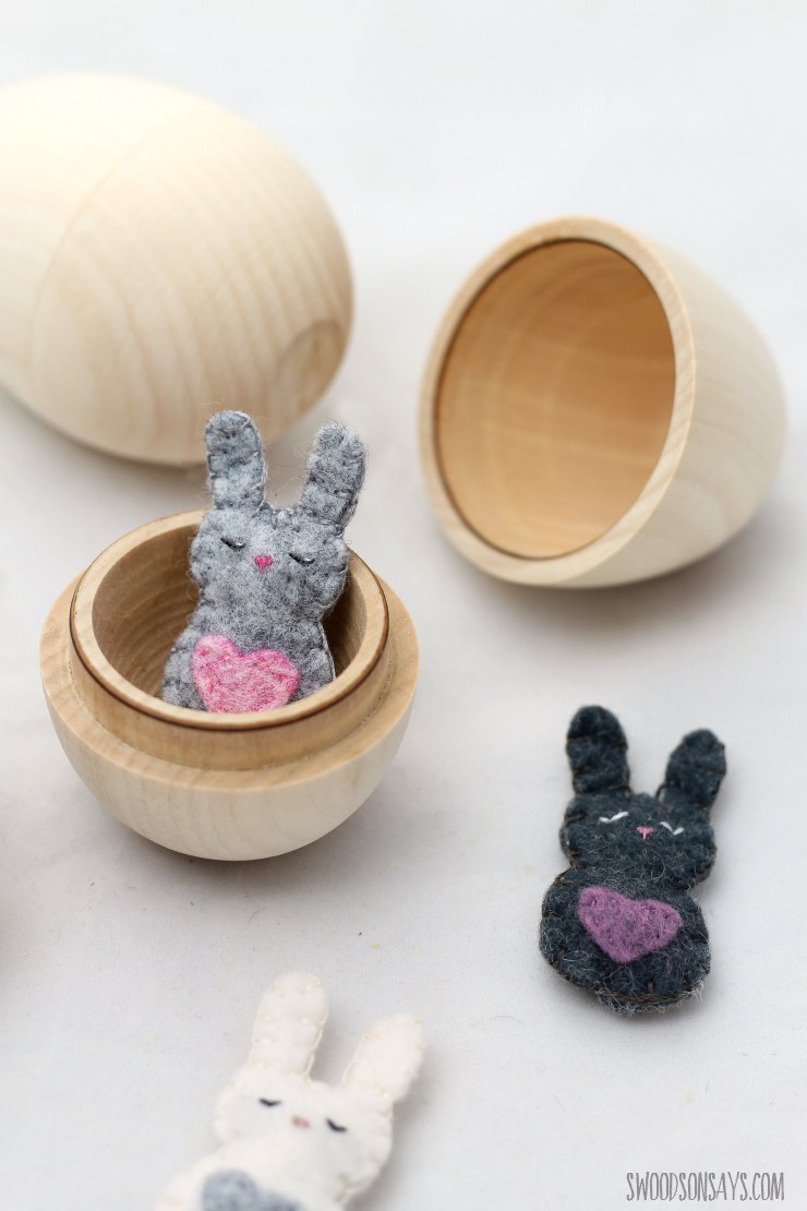 easter-bunny-stuffed-animal-sewing-pattern-free