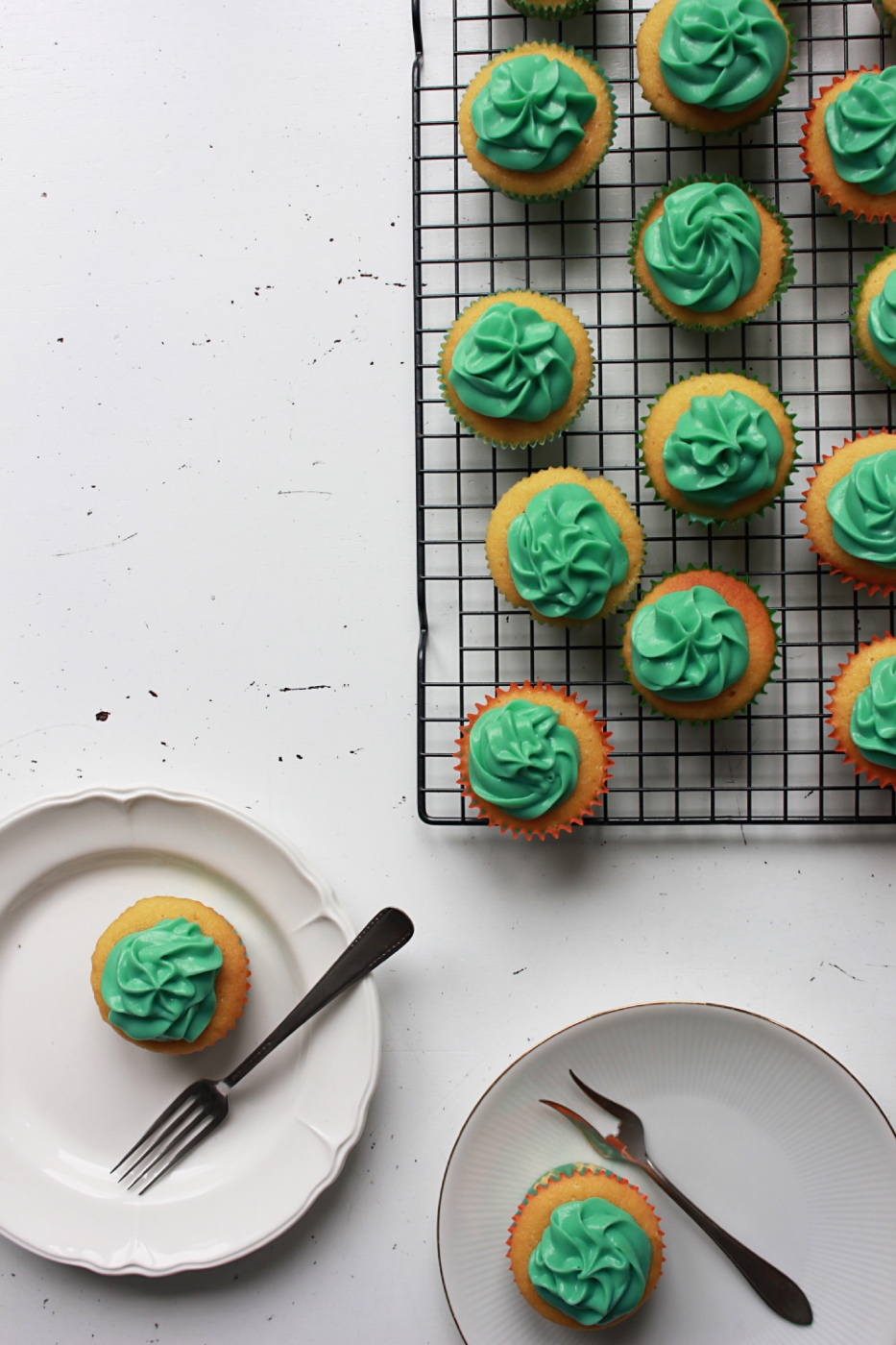 how to make buttermilk cupcakes recipe pop shop america desserts