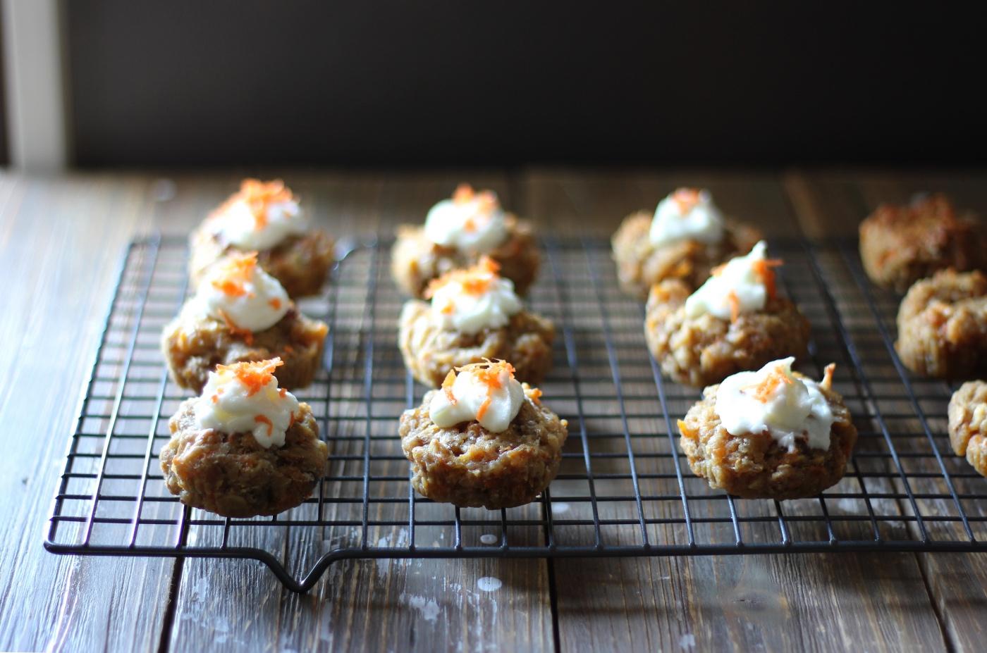 mini carrot cake cupcakes recipe with cream cheese pop shop americamini carrot cake cupcakes recipe with cream cheese pop shop america